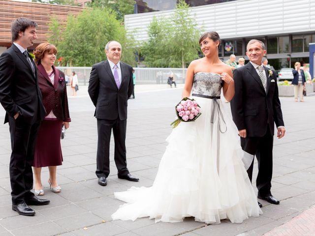 La boda de Iker y Zaida en Galdakao, Vizcaya 15