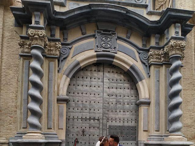 La boda de Oscar y Estela  en Zaragoza, Zaragoza 3