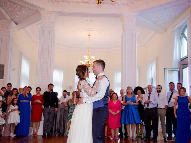 La boda de Luis y Goizalde en Santander, Cantabria 31