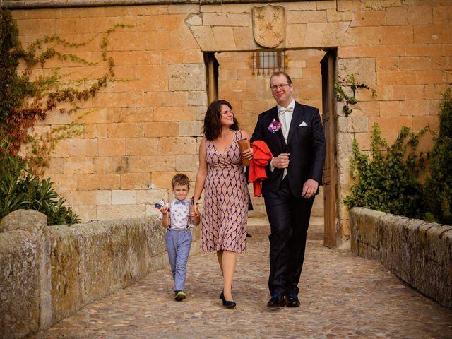 La boda de Will y Mariem en Topas, Salamanca 29
