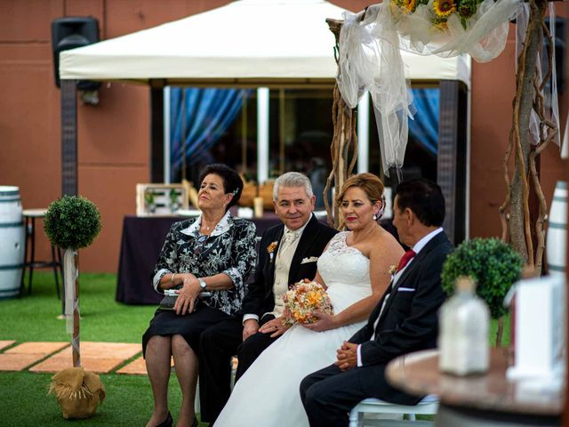 La boda de Manoli y Javier en Jumilla, Murcia 48