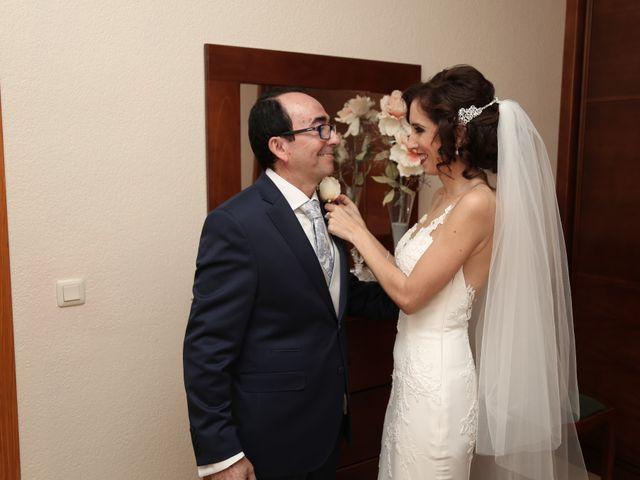 La boda de José María y Mari Carmen en Córdoba, Córdoba 2