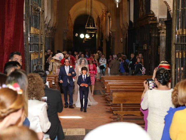 La boda de José María y Mari Carmen en Córdoba, Córdoba 16