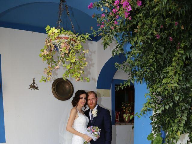 La boda de José María y Mari Carmen en Córdoba, Córdoba 32