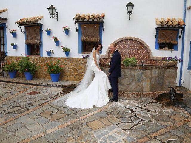 La boda de José María y Mari Carmen en Córdoba, Córdoba 33