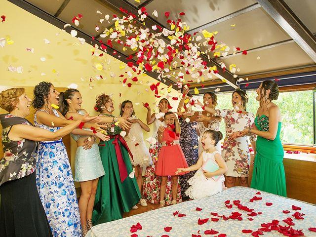 La boda de July y Mayra en Ferrol, A Coruña 10
