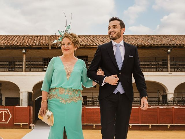 La boda de Jesús y Merche en Almaden, Ciudad Real 31