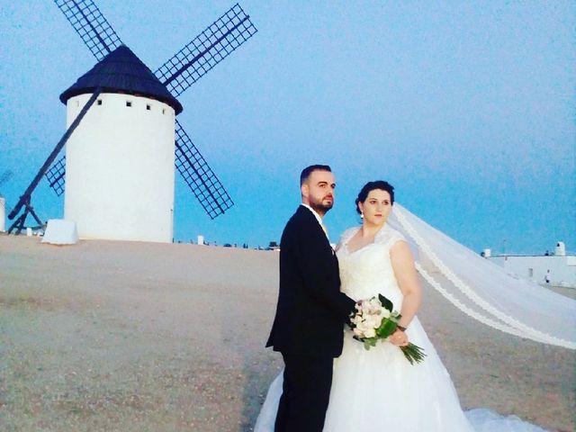 La boda de Fernando  y Nuria en Corral De Almaguer, Toledo 3