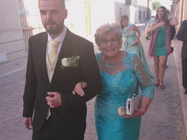 La boda de Fernando  y Nuria en Corral De Almaguer, Toledo 1