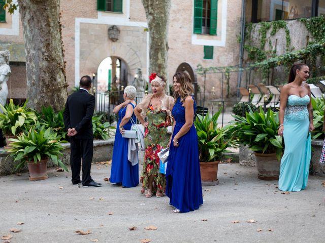 La boda de Jose y Conchi Pérez en Esporles, Islas Baleares 42