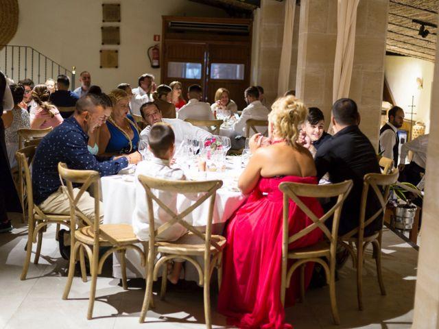 La boda de Jose y Conchi Pérez en Esporles, Islas Baleares 126