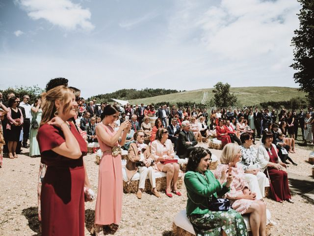 La boda de Sergio y Paula en Bilbao, Vizcaya 43
