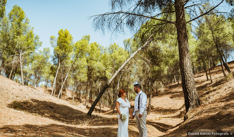 La boda de Joaquiñin y Sheila en Alcudia De Guadix, Granada
