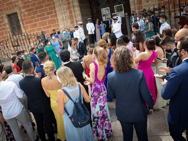 La boda de José y Laura en Chiclana De La Frontera, Cádiz 29