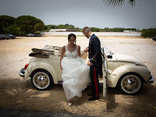 La boda de José y Laura en Chiclana De La Frontera, Cádiz 35