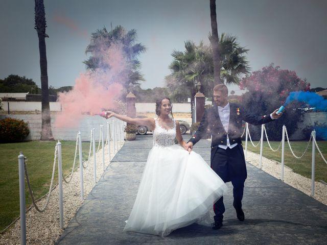 La boda de José y Laura en Chiclana De La Frontera, Cádiz 36