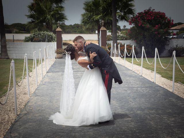 La boda de José y Laura en Chiclana De La Frontera, Cádiz 37