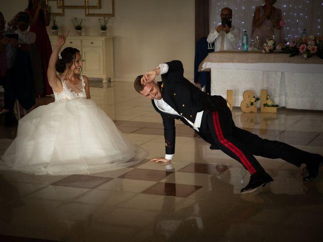 La boda de José y Laura en Chiclana De La Frontera, Cádiz 44