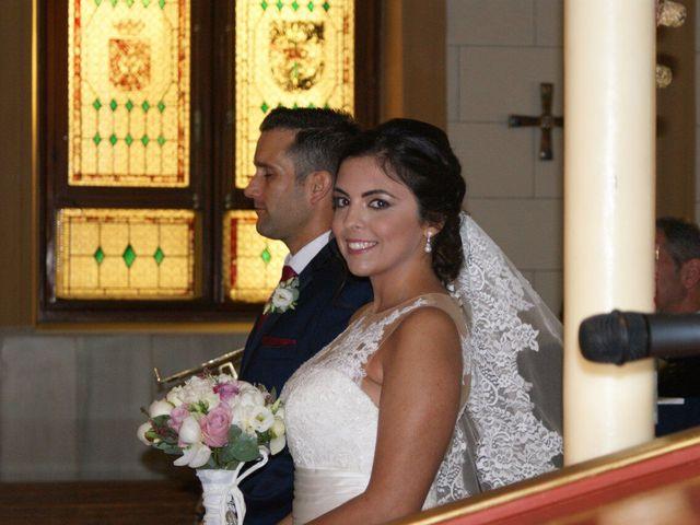 La boda de Daniel y Lidia  en Melilla, Melilla 23