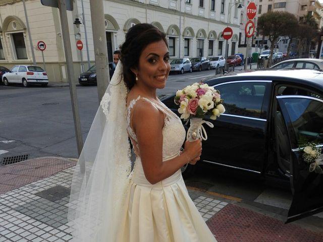 La boda de Daniel y Lidia  en Melilla, Melilla 33