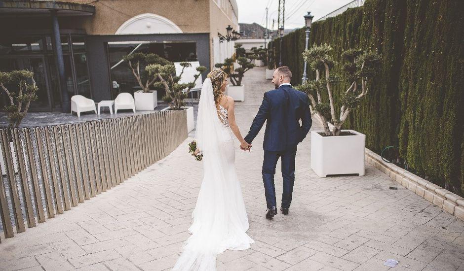 La boda de Iván y Silvia en Alacant/alicante, Alicante
