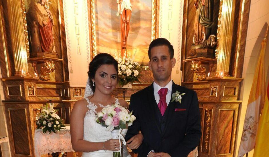 La boda de Daniel y Lidia  en Melilla, Melilla