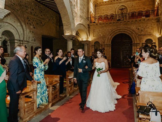La boda de César y Lourdes en Toledo, Toledo 61