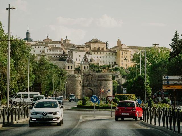 La boda de César y Lourdes en Toledo, Toledo 72