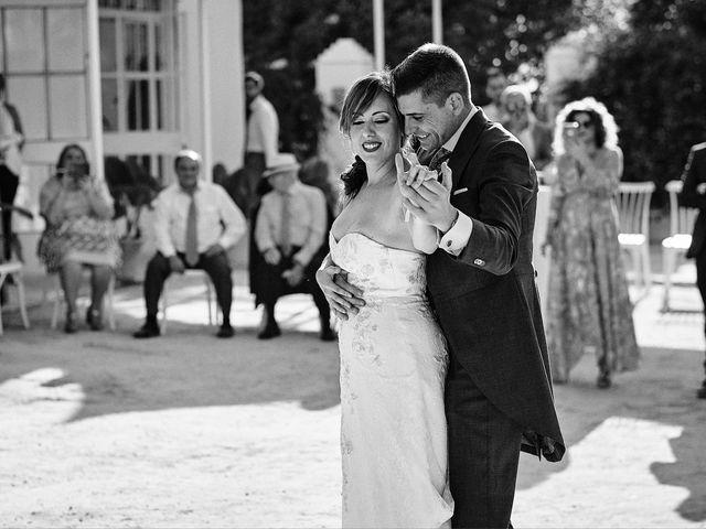 La boda de José Manuel y Almudena en Dos Hermanas, Sevilla 101