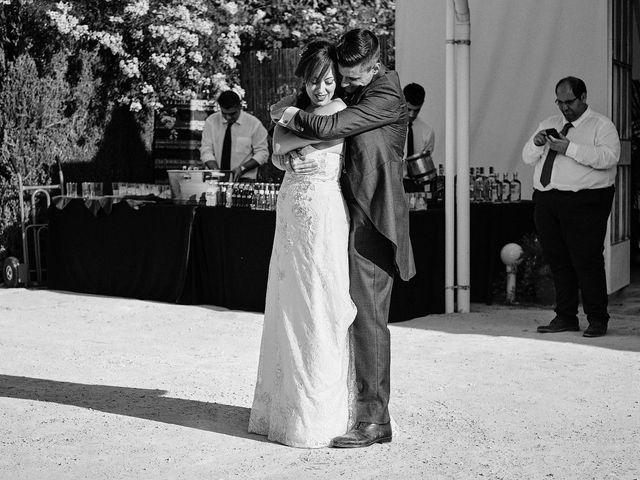 La boda de José Manuel y Almudena en Dos Hermanas, Sevilla 103
