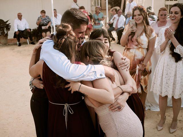 La boda de José Manuel y Almudena en Dos Hermanas, Sevilla 107