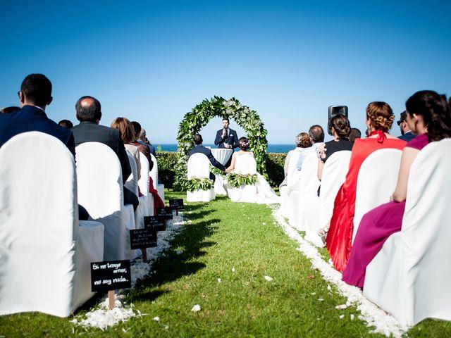 La boda de Alejandro y Ana en Llanes, Asturias 1