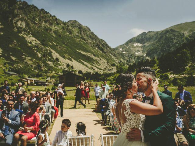 La boda de Juli y Elena en Andorra, Teruel 3