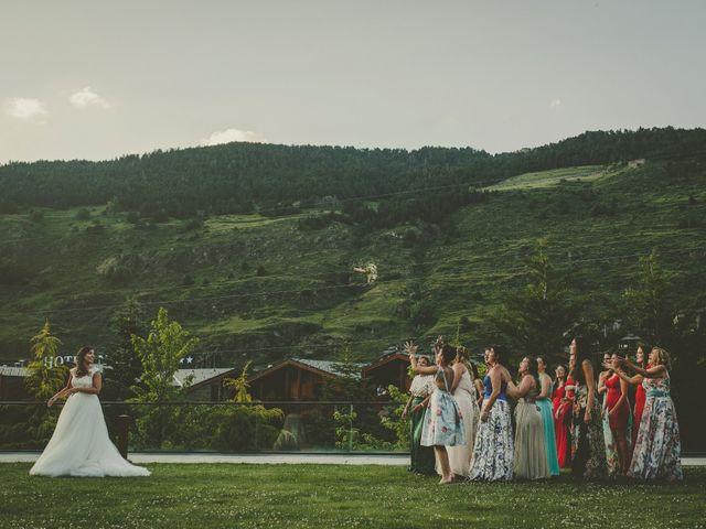 La boda de Juli y Elena en Andorra, Teruel 9