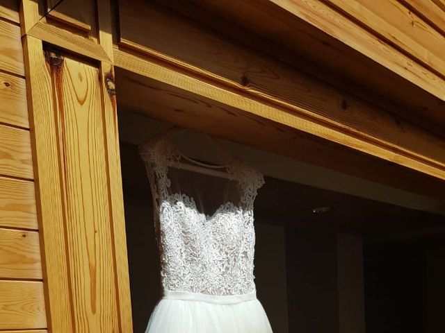 La boda de Juli y Elena en Andorra, Teruel 24