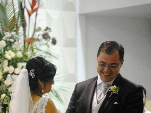 La boda de Miguel y Yessi en Valencia, Valencia 4