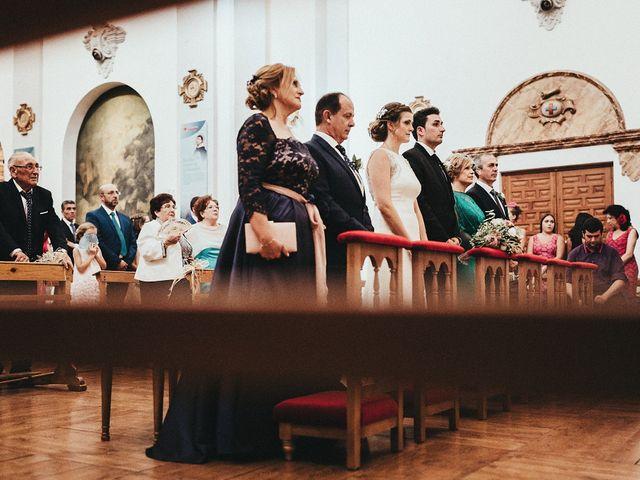 La boda de Adolfo y Pilar en Torrenueva, Ciudad Real 28