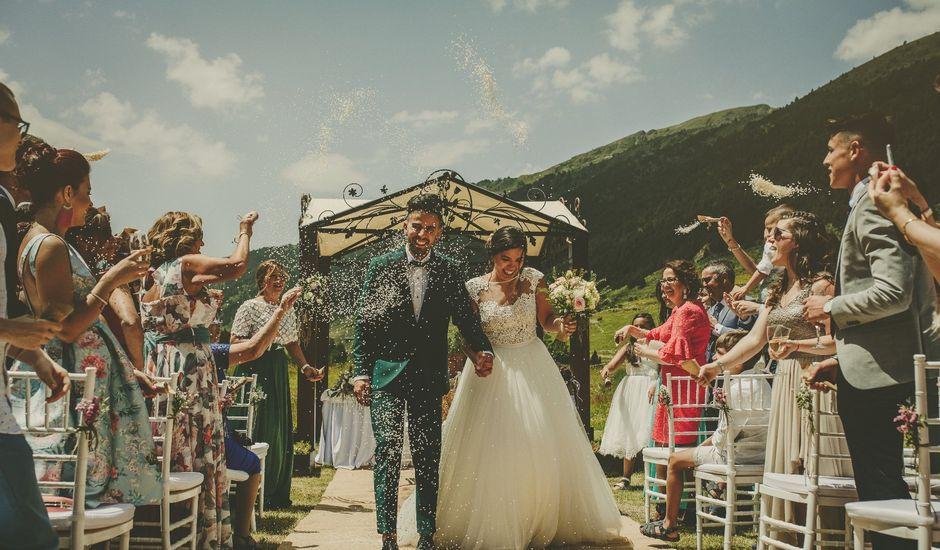 La boda de Juli y Elena en Andorra, Teruel