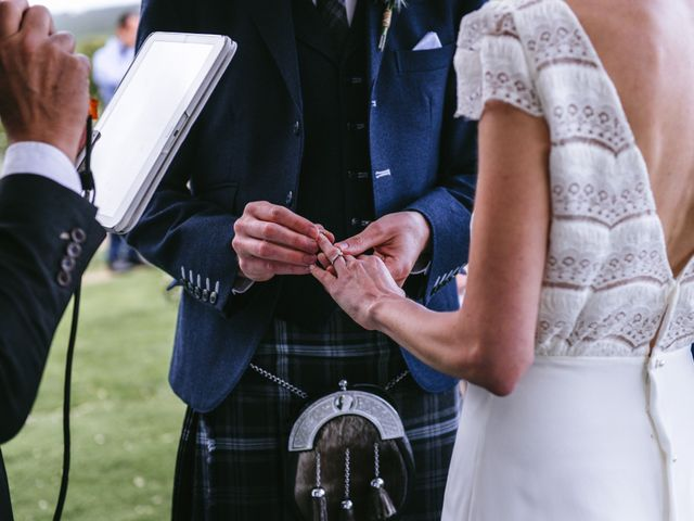 La boda de Graeme y Lara en Collado Villalba, Madrid 22