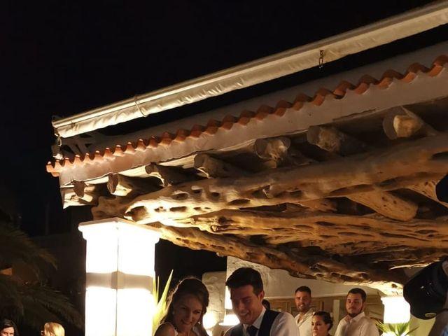 La boda de Nieves y Abel  en Cala Tarida, Islas Baleares 3