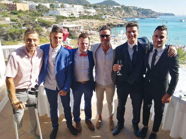 La boda de Nieves y Abel  en Cala Tarida, Islas Baleares 4