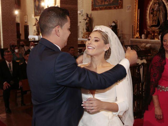 La boda de Juanma y Elena en Santiponce, Sevilla 14
