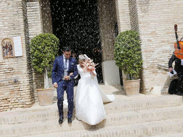 La boda de Juanma y Elena en Santiponce, Sevilla 15