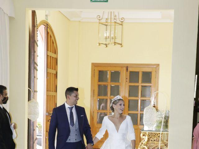 La boda de Juanma y Elena en Santiponce, Sevilla 21