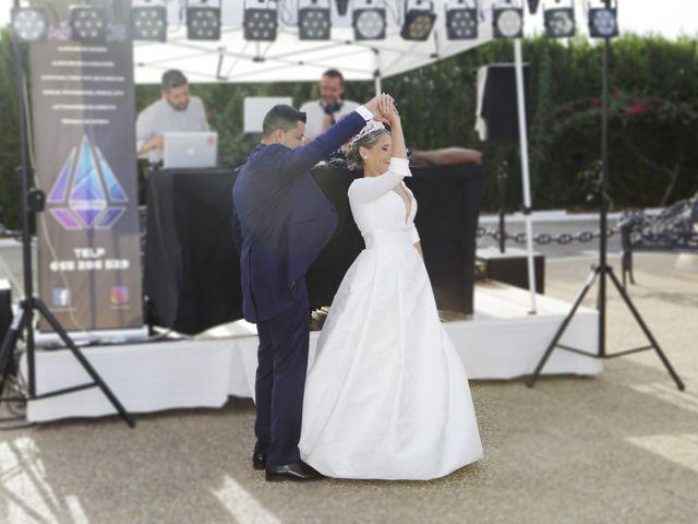 La boda de Juanma y Elena en Santiponce, Sevilla 25