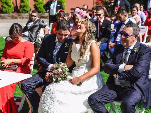 La boda de Pablo y Erica en San Cucao, Asturias 16