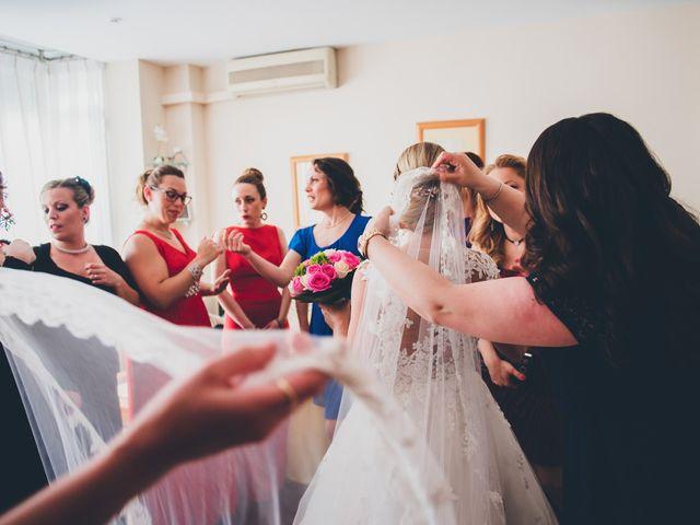 La boda de Rubén y Lorena en Paterna, Valencia 32