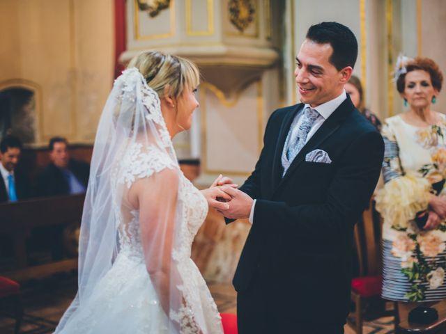 La boda de Rubén y Lorena en Paterna, Valencia 41
