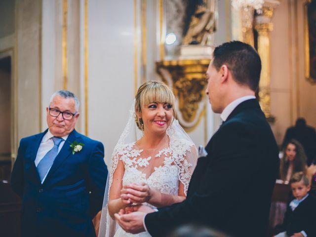 La boda de Rubén y Lorena en Paterna, Valencia 42