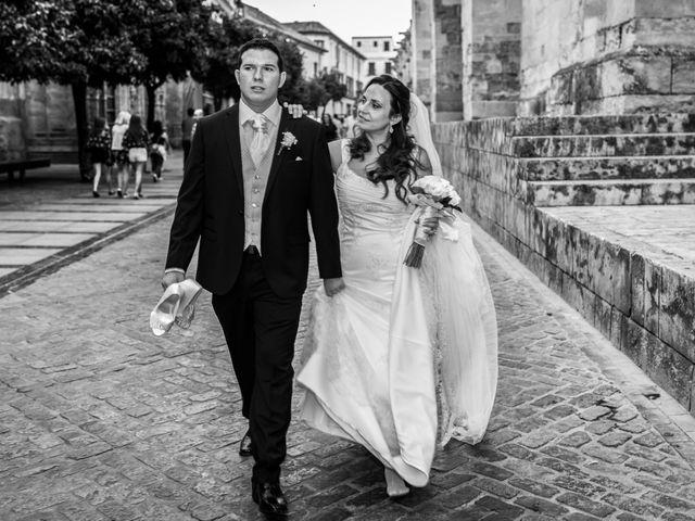 La boda de Paco y Alicia en Córdoba, Córdoba 36